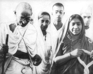 Mahatma Gandhi & Sarojini Naidu